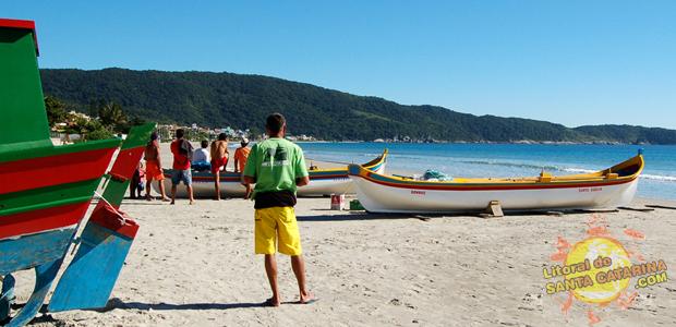 Praia de Bombas em Bombinhas Santa Catarina - 6° Lugar no Ranking das praias de Bombinhas