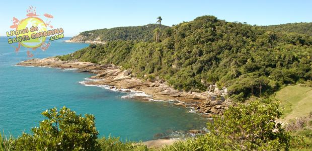 Praia da Sepultura em Bombinhas Santa Catarina - 4° Lugar no Ranking das praias de Bombinhas