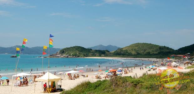 Praia de 4 Ilhas em Bombinhas Santa Catarina - 5° Lugar no Ranking das praias de Bombinhas