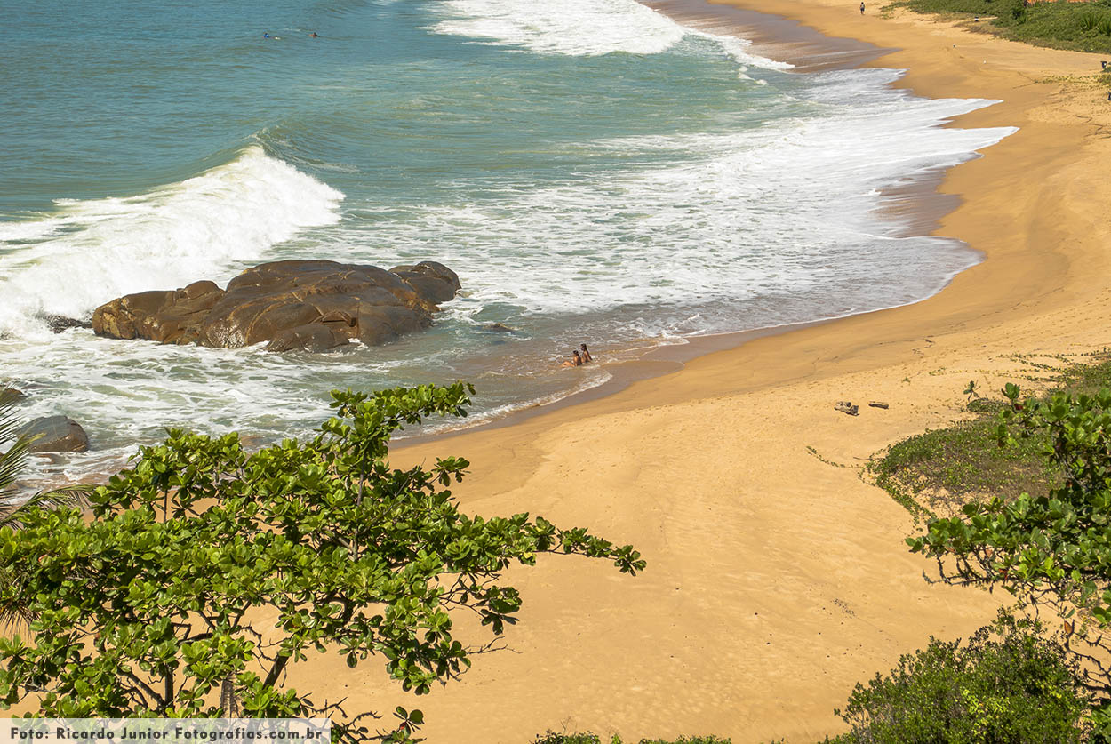 Foto praia do pinho em Balneário Camboriú – Fotos de Ricardo Junior / www.ricardojuniorfotografias.com.br
