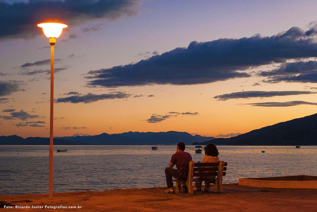 Pôr do sol na praia de canto grande em Bombinhas – Fotos de Ricardo Junior / www.ricardojuniorfotografias.com.br