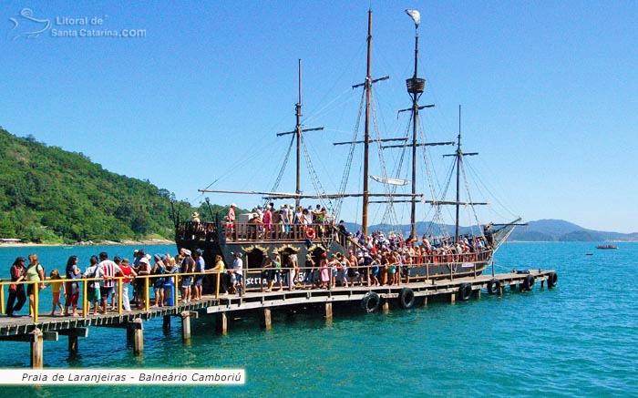 Passeio de barco em Balneário Camboriú – Fotos de Ricardo Junior / www.ricardojuniorfotografias.com.br