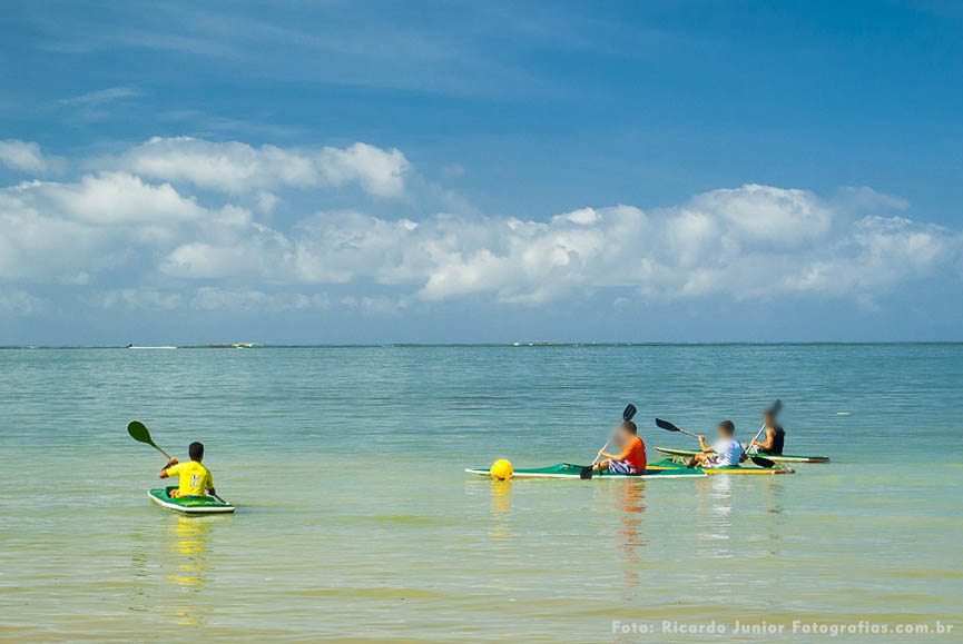 Passeio de caiaque na praia de canto grande em Bombinhas – Fotos de Ricardo Junior / www.ricardojuniorfotografias.com.br