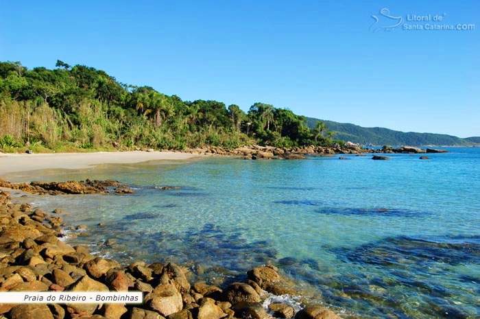 Piscinas naturais da praia do ribeiro em Bombinhas – Fotos de Ricardo Junior / www.ricardojuniorfotografias.com.br