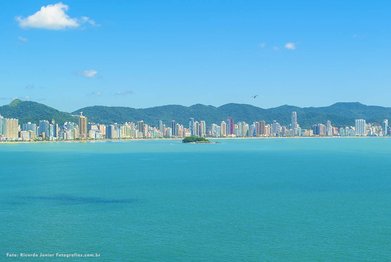 Praia central de Balneário Camboriú – Fotos de Ricardo Junior / www.ricardojuniorfotografias.com.br