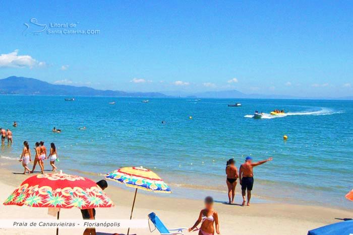 Praia de canasvieiras em Florianópolis - Foto: Marcelo Fernandes