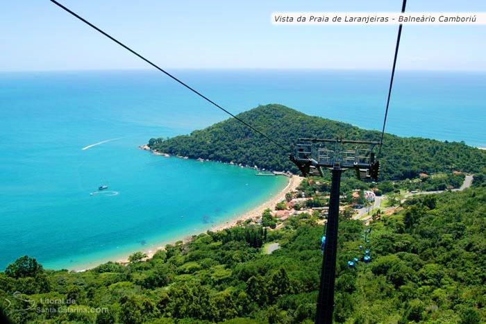 Vista aérea da praia de laranjeiras, em Balneário Camboriú – Fotos de Ricardo Junior / www.ricardojuniorfotografias.com.br